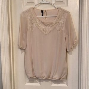 Tops - 3/4 sleeve top size S